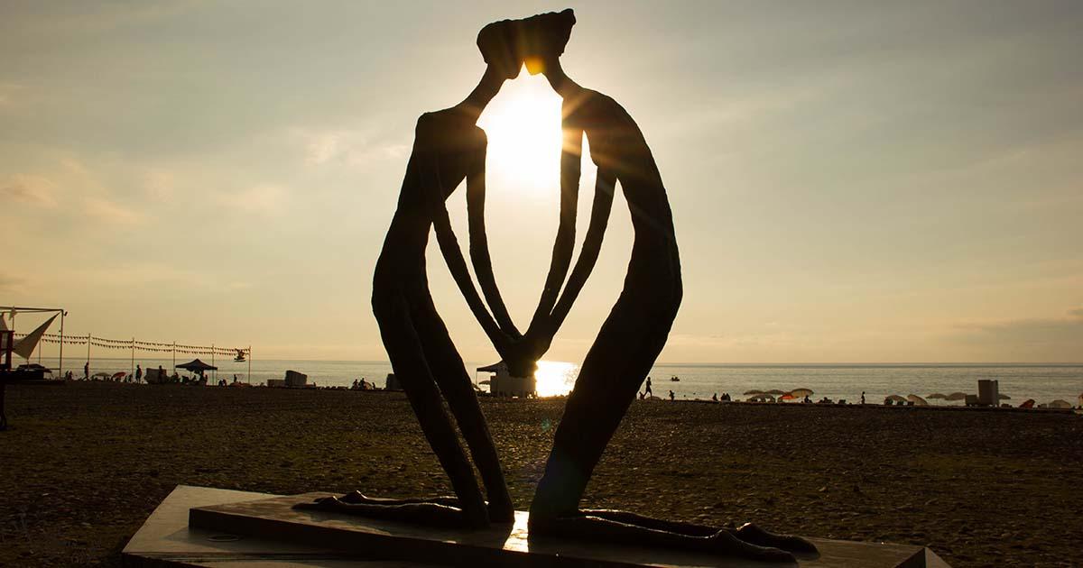 Влюбена двойка до морето