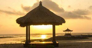 Nusa Dua По изгрев на плаж
