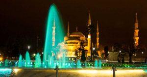"""Нощен поглед към синята джамия """"султан Ахмет"""""""