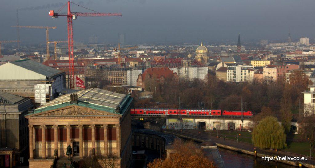 Червеният S-Bahn от високо